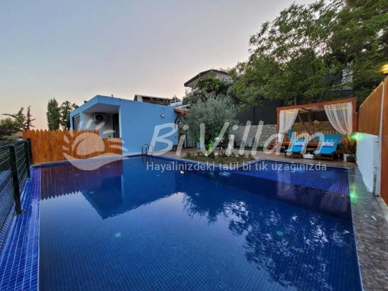 Villa Rayna