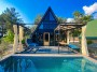 Özel Havuzlu Muhafazakar 4 Kişilik Bungalov Ev